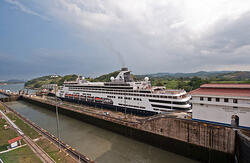 panama canal delays